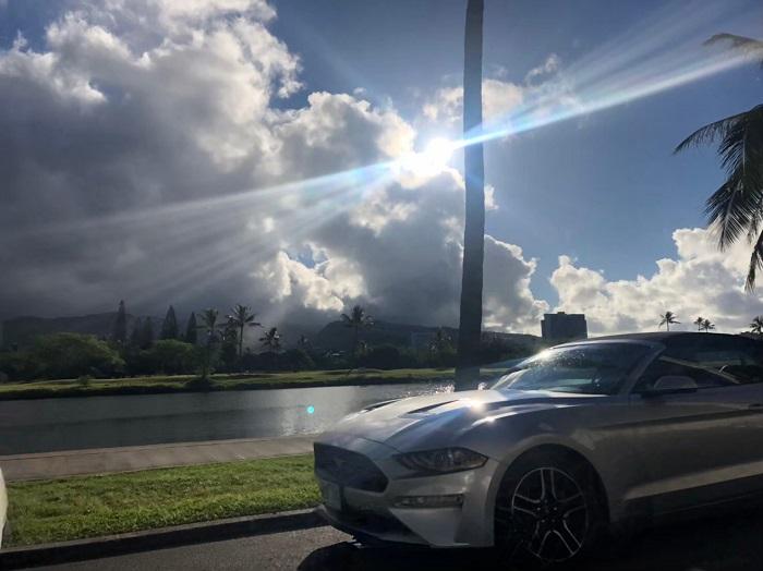 ハワイ レンタカー